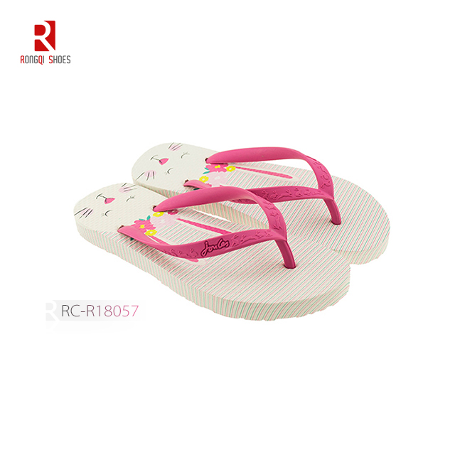 Wholesale girls customized flip flops with digital printing