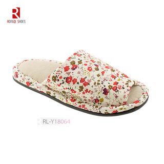 Wholesale fancy winter indoor women floral cotton slippers logo and print customized